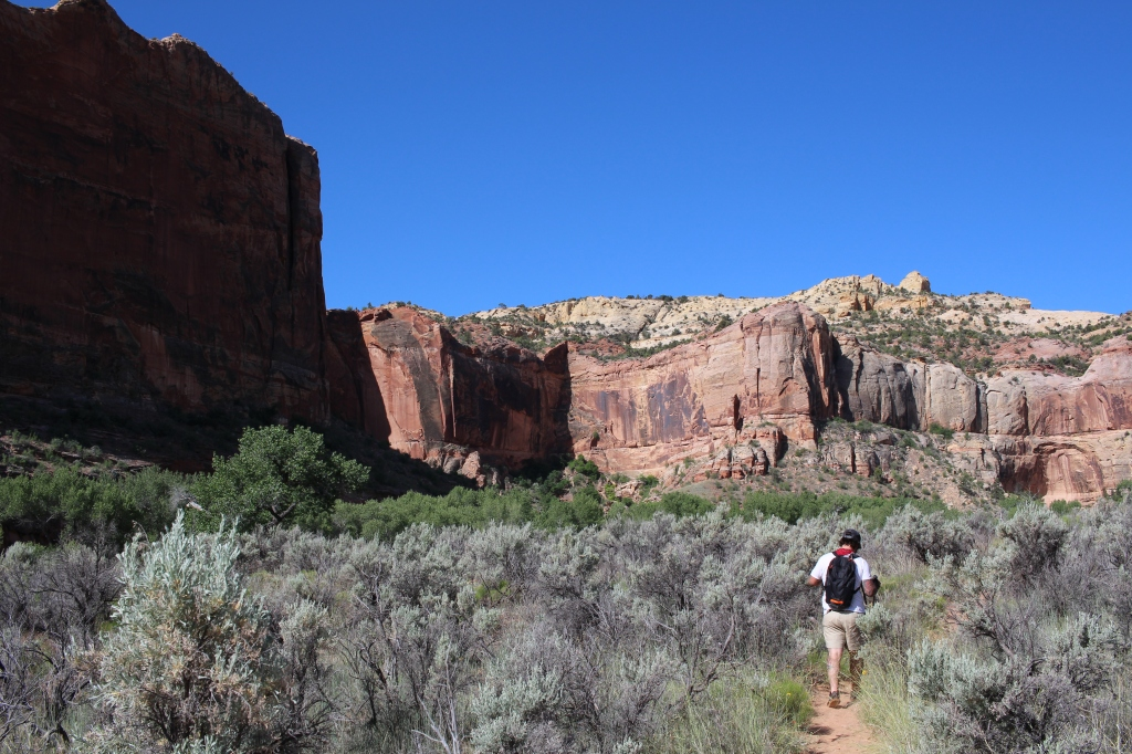 cramped up escalante hike 4