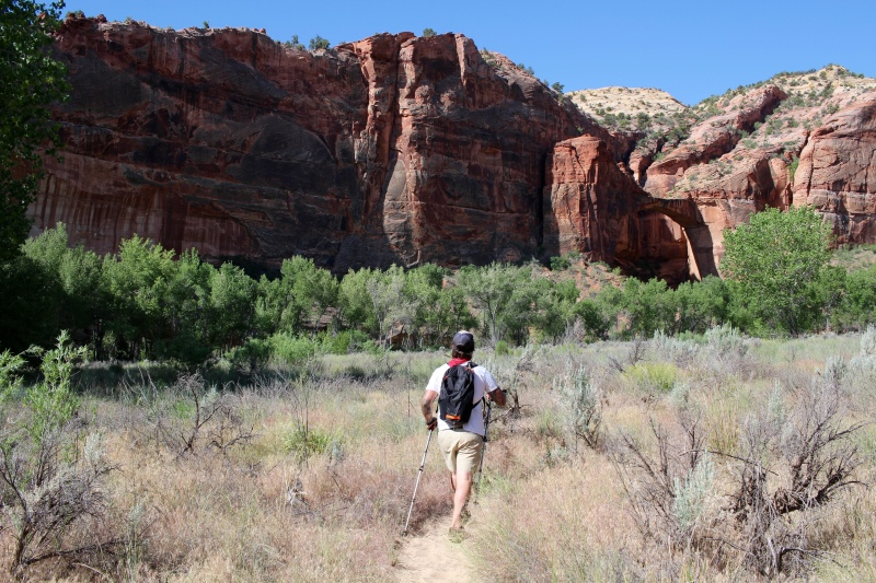cramped up escalante hike 2